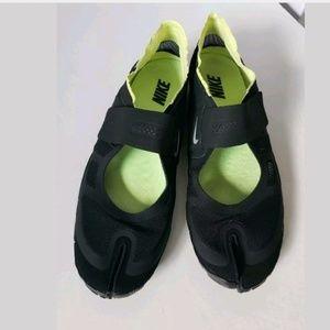 Nike Womens Free Gym Split Toe Running Yoga Shoes